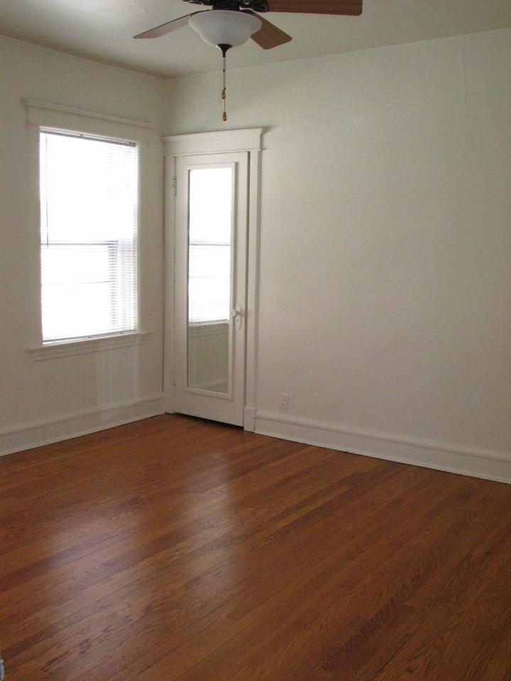 2508-F N STOWELL AVE - Bedroom.jpg