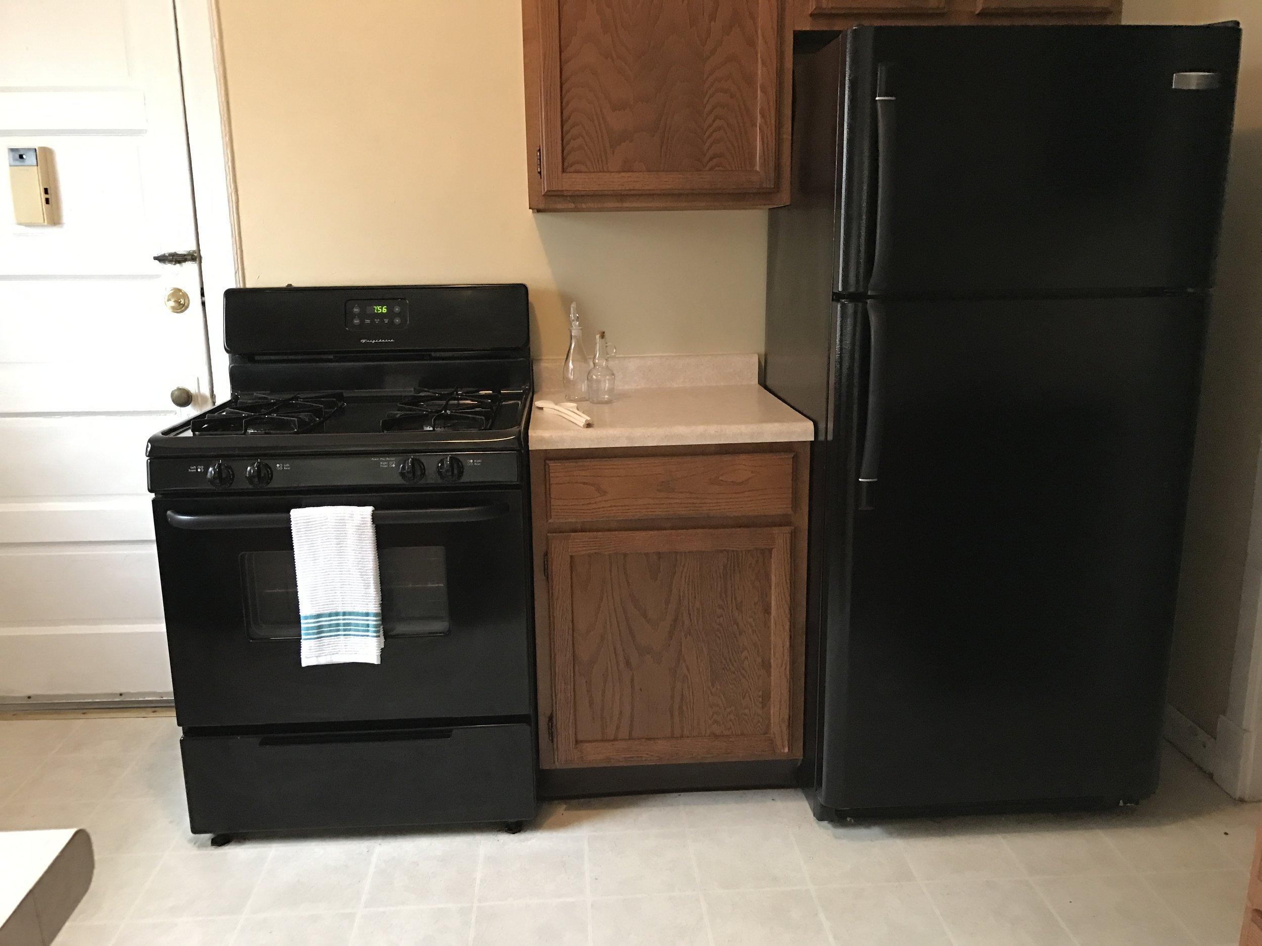 2314 C kitchen 2.jpg