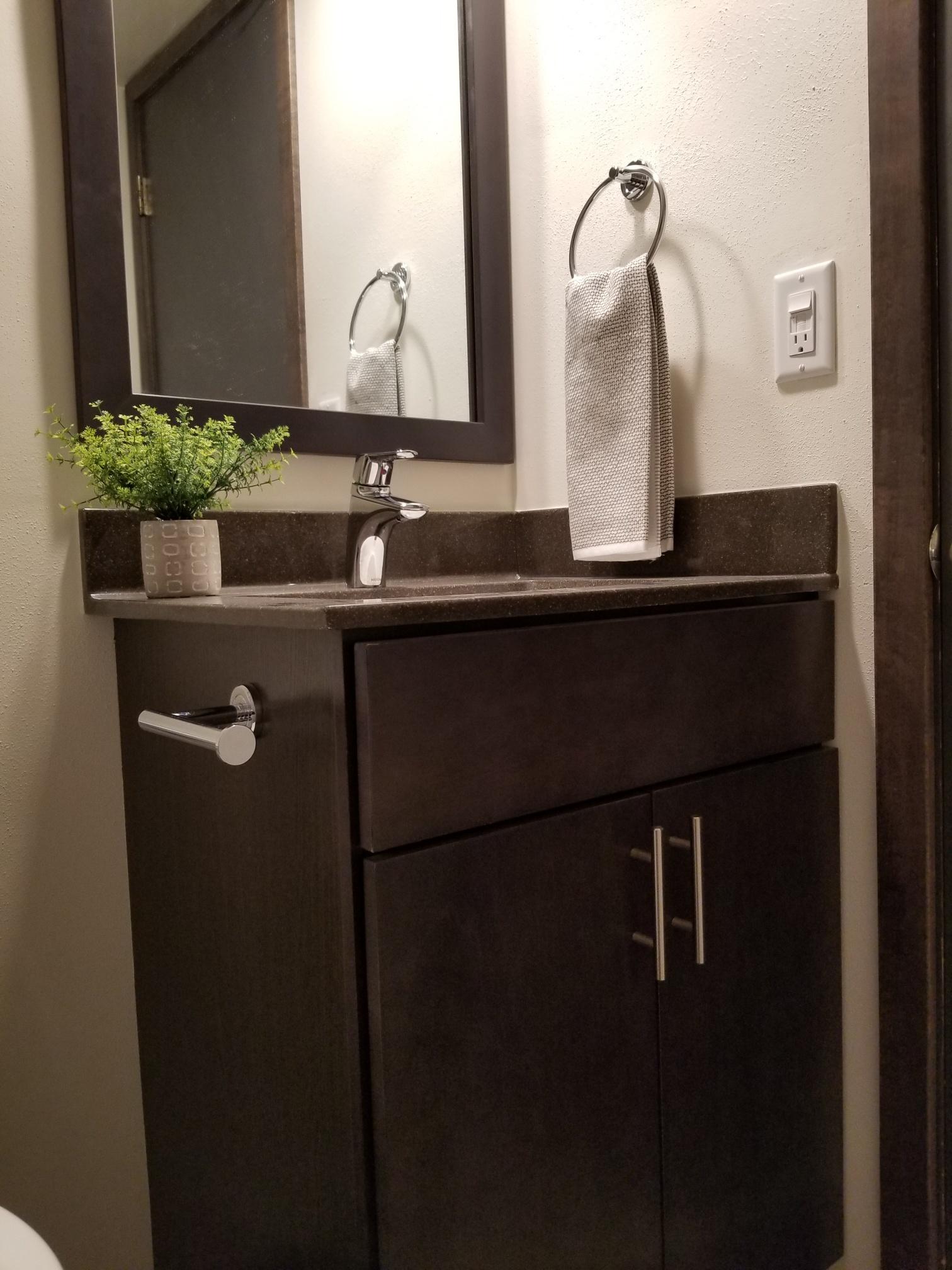 3939-805 full bath vanity 3.jpg