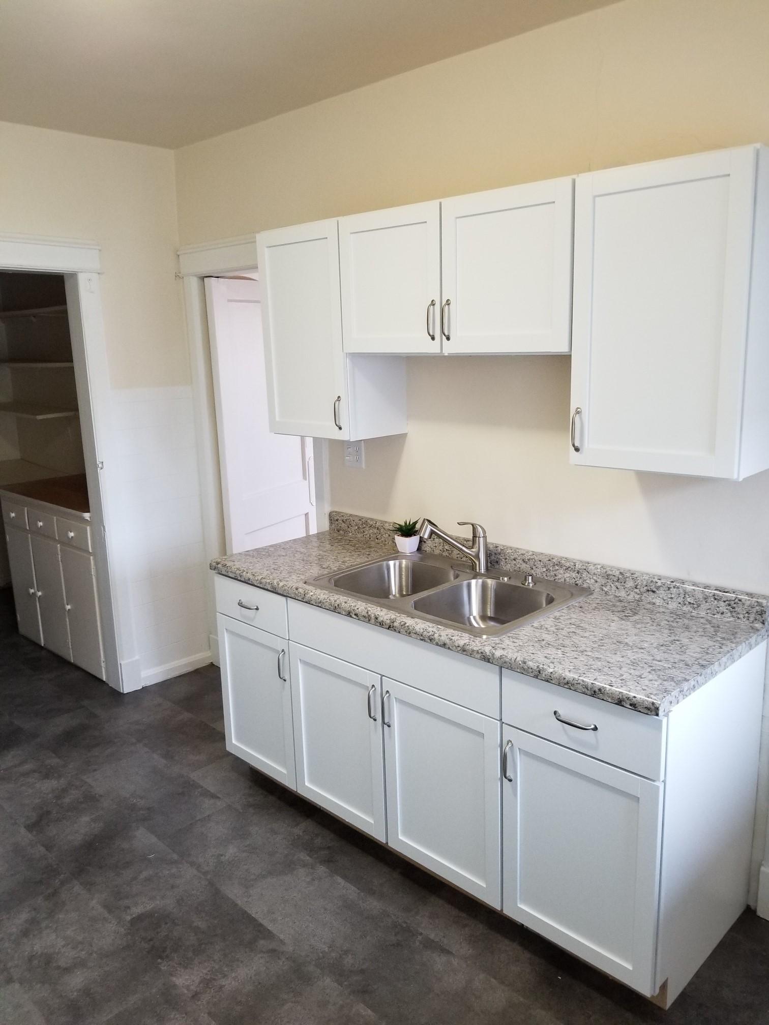 2508-C updated kitchen 3.jpg