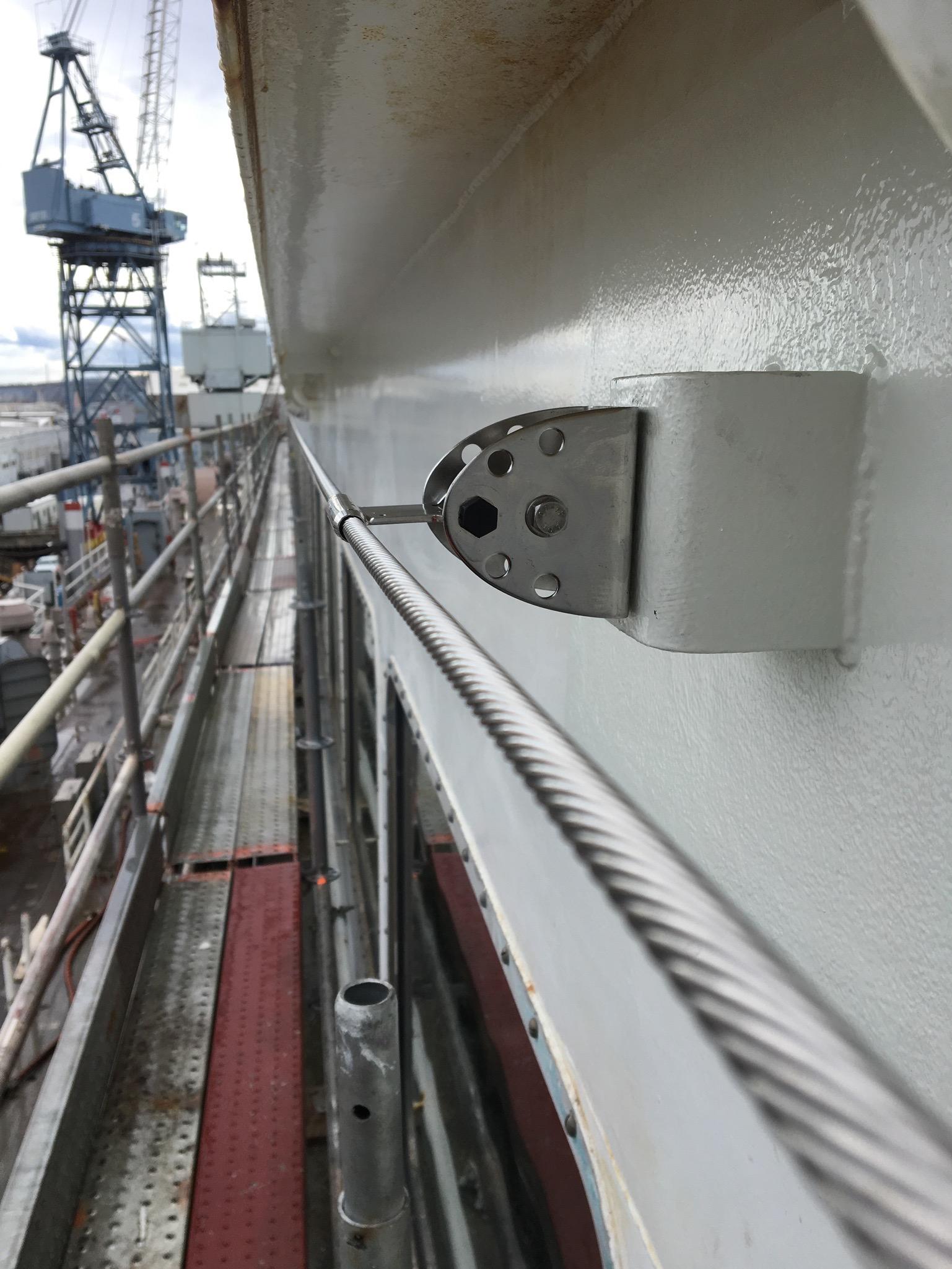 Horizontal lifeline on ferry boat for window washers