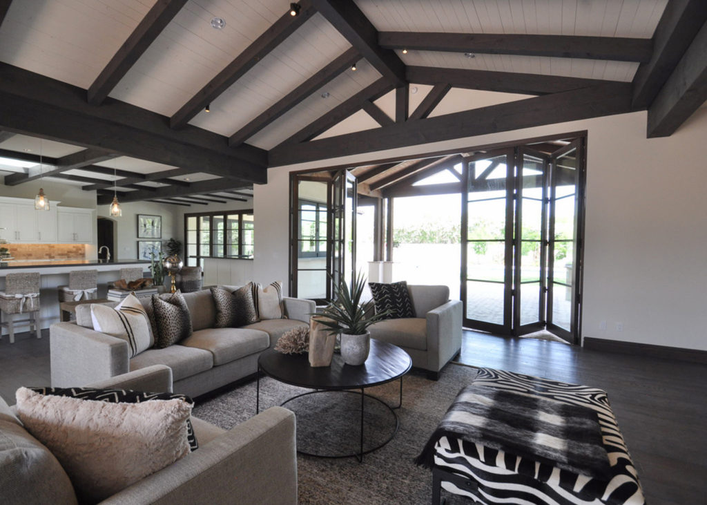 bungalow-furniture-paradise-valley-styling--1024x731.jpg