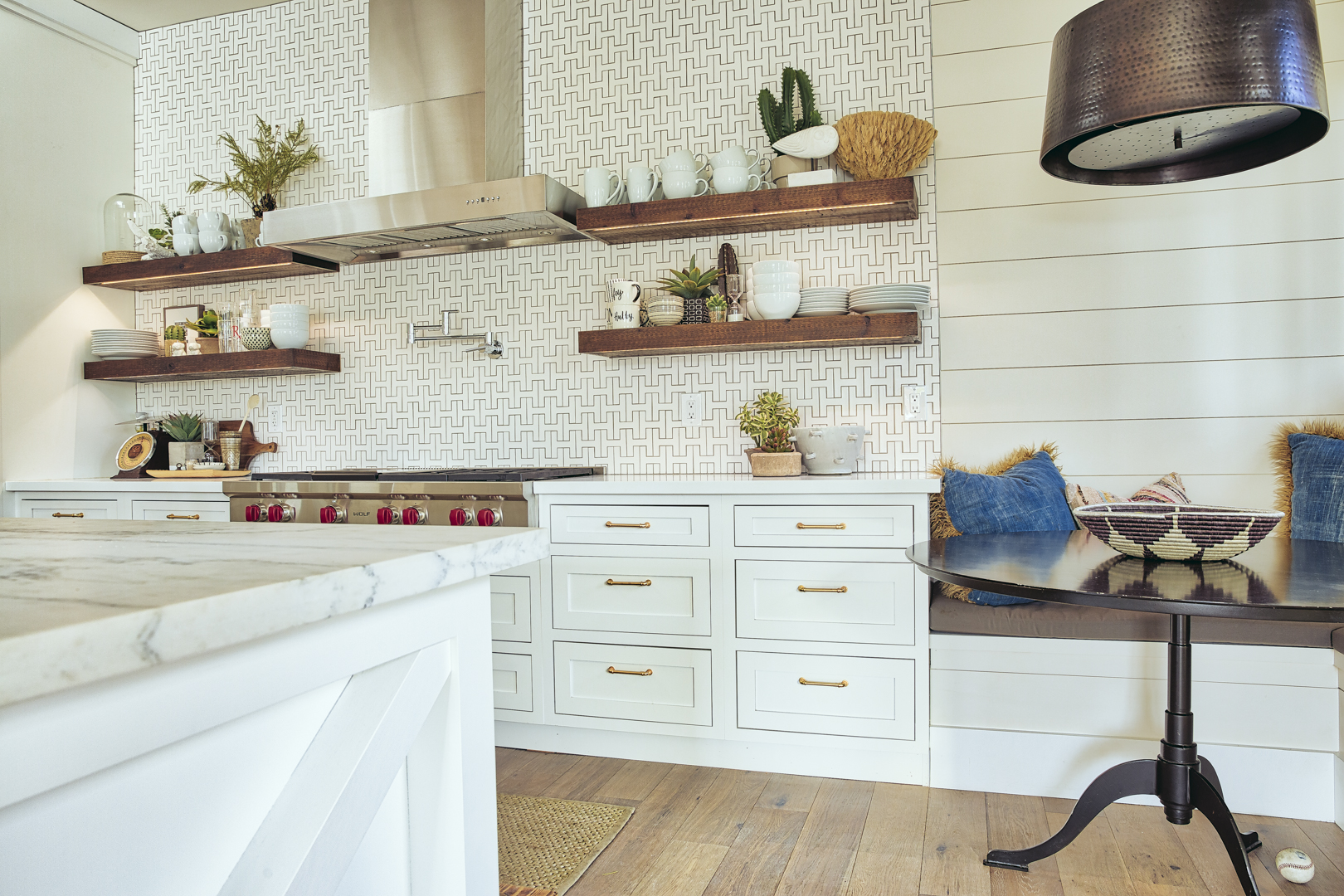 Bungalow Furniture & Accessories - Scottsdale, AZ - Kitchen