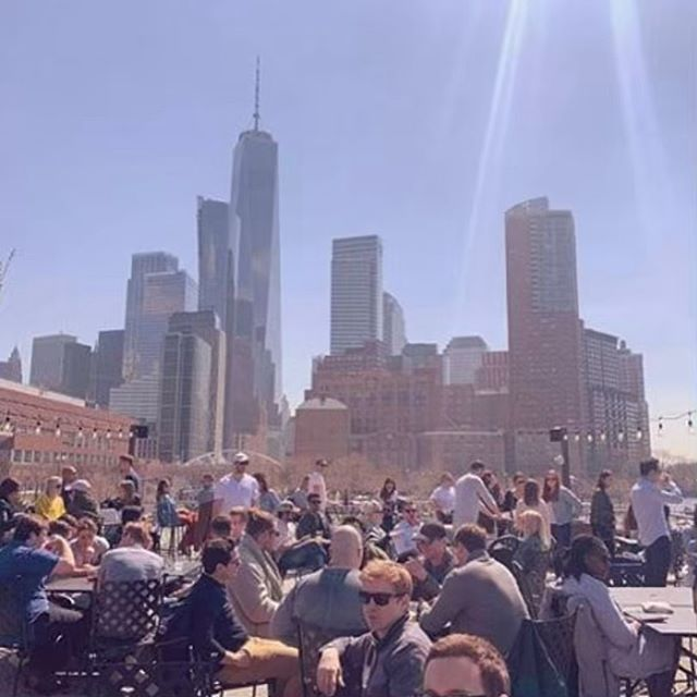 More signs of spring: @cityvineyardnyc rooftop is official OPEN! Cheers to that 🍷 ! #lifebelowcanal