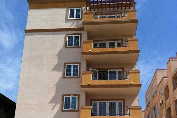 Carlton CrestHollywood, CA - 17 condominiums, 800 to 985 sq. ft., 2 bd, 2.5 ba