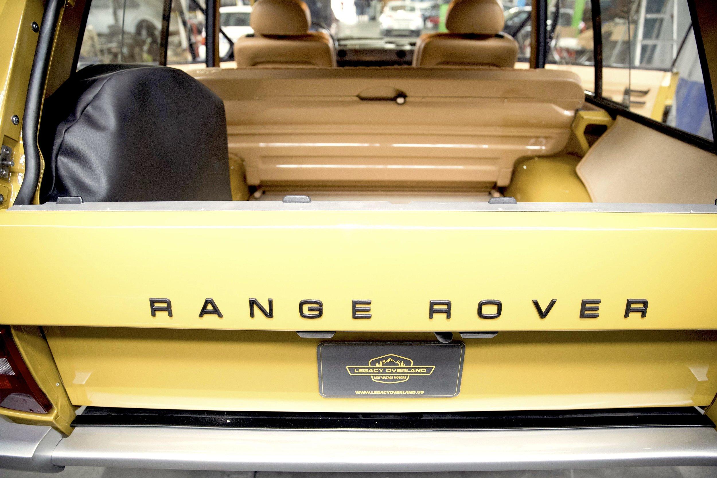 LegacyOverland_1973_RangeRover_shop33.jpg