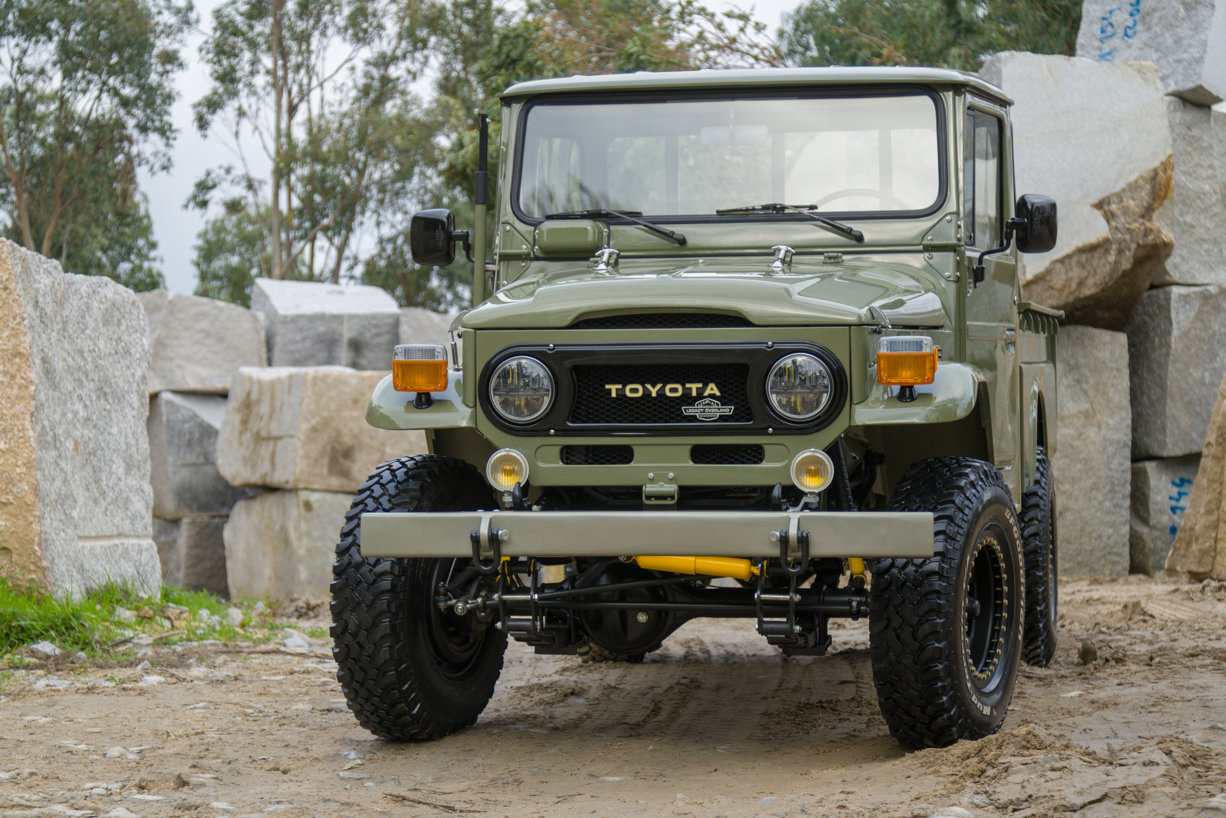 LegacyOverland_1978_ToyotaLandCruiser_HJ45_pick-up_quarry_62.jpg