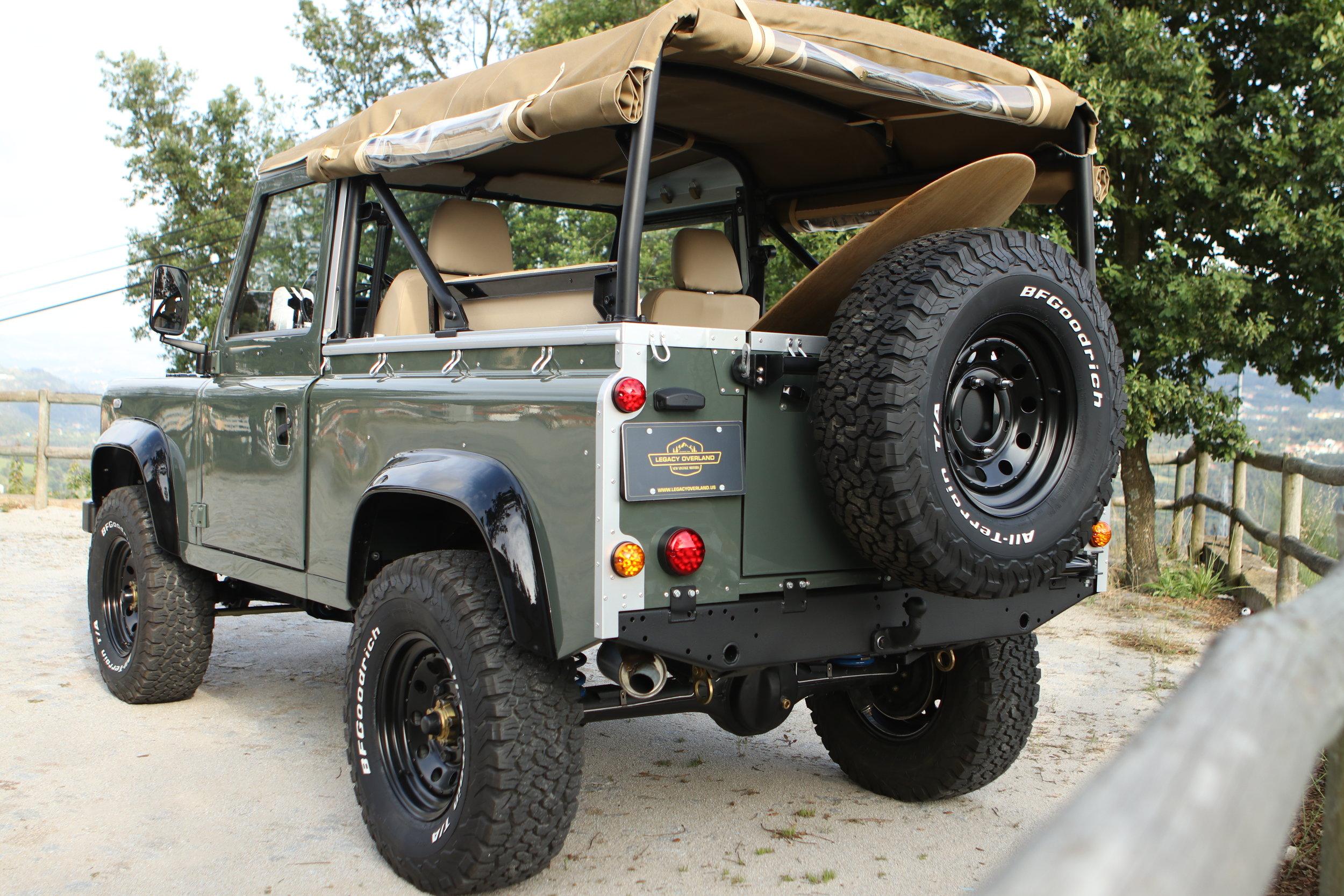 LegacyOverland_ProjKalahari_Defender90_car22.JPG