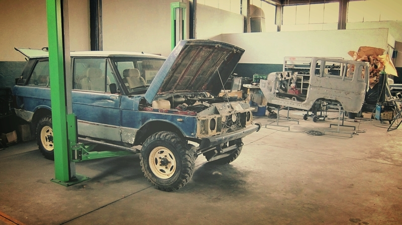 Nice combo! Working on a Range Rover Classic and an Fj40.