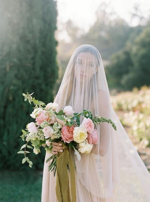 26-ethereal-spring-dream-fine-art-garden-wedding-shootpp_w480_h645.jpg