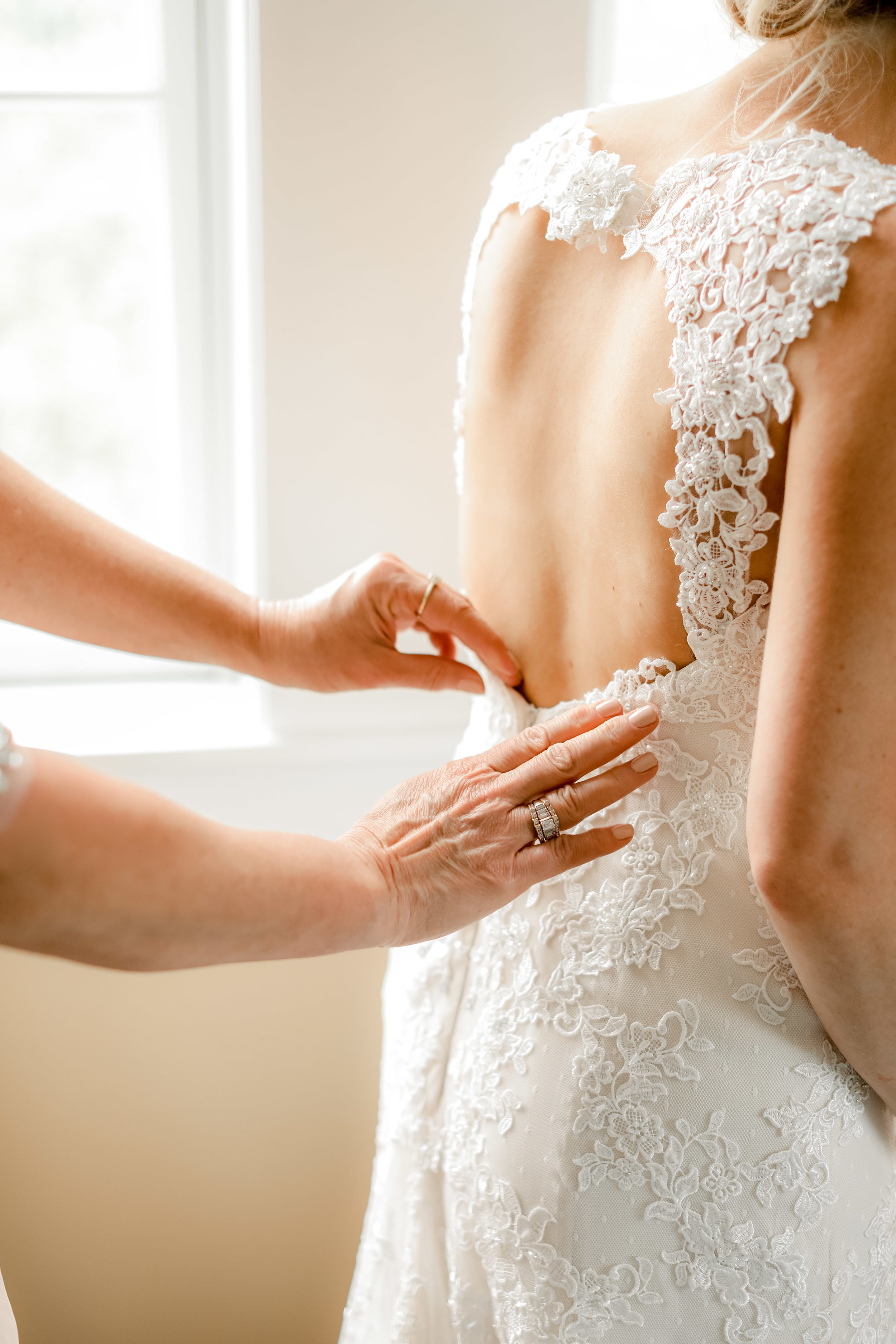 3. You'll find little alterations and fixes to your dress to make it more comfortable on your wedding day! - This is a huge one! Friends, alterations are not enough to gauge whether or not you'll feel completely comfortable in your wedding dress. After spending an hour or two walking around and moving in your dress, you'll find something that you can alter in order to make it more comfy! For example, I had my wedding dress altered maybe two times to adjust the fit of the dress. It was a snug fit around the waist, but I imagined that after a few fittings it would stretch and I'd get into it just fine. Then came my bridal session and I was just way too uncomfortable to be traipsing around the gardens were were at. I evaluated the cause of the discomfort and decided to undo an elastic band on the inside of the dress. After this, I was the most comfortable I'd been in the dress so far and the change did not affect the way it looked on me. I was SO THANKFUL! There's nothing worse than feeling so beautiful on one of the most important days of your life but being super uncomfortable and possibly in pain. Bridal sessions for the win!