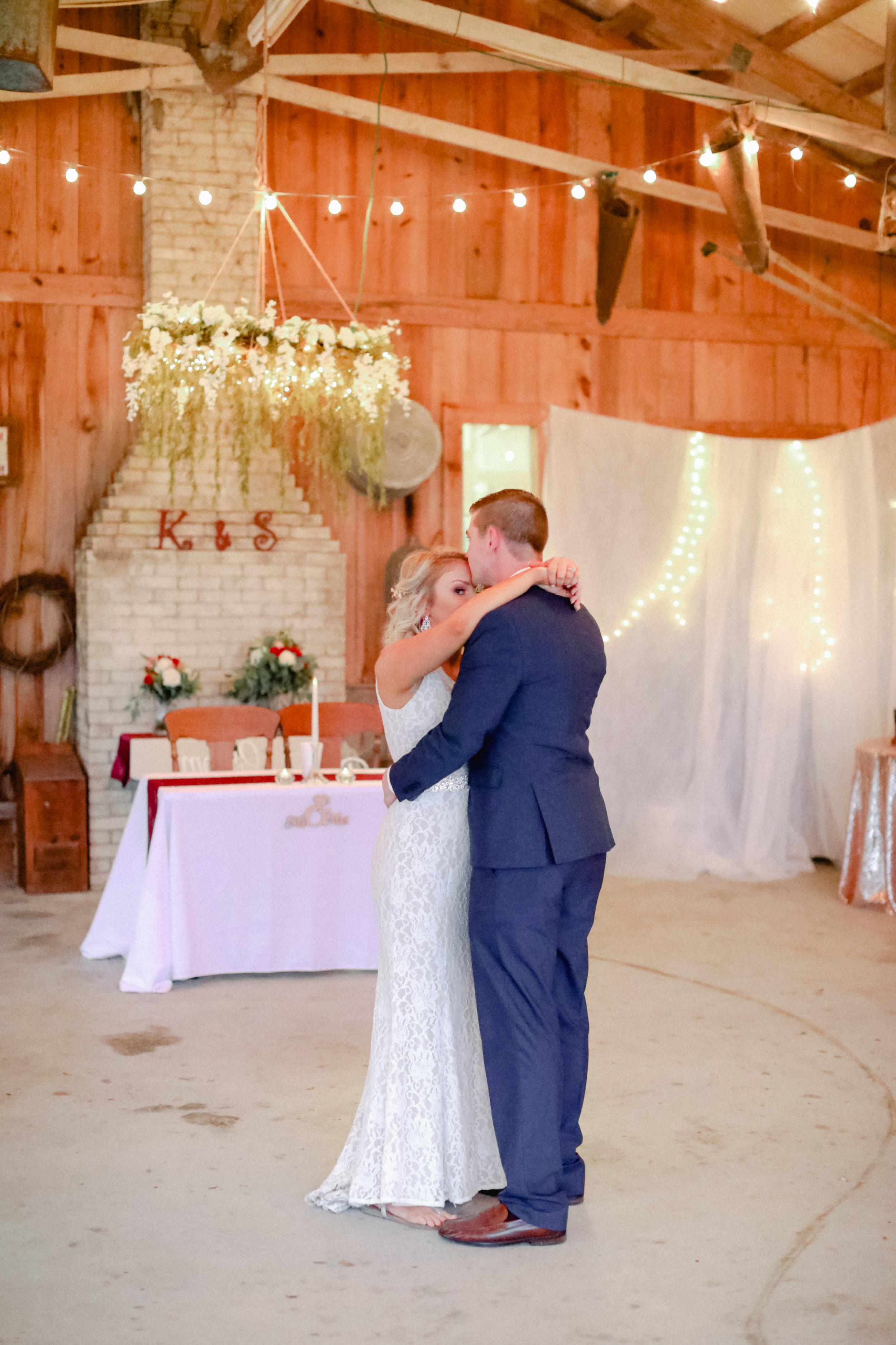sara_kyle_married_reception_2019-87.jpg