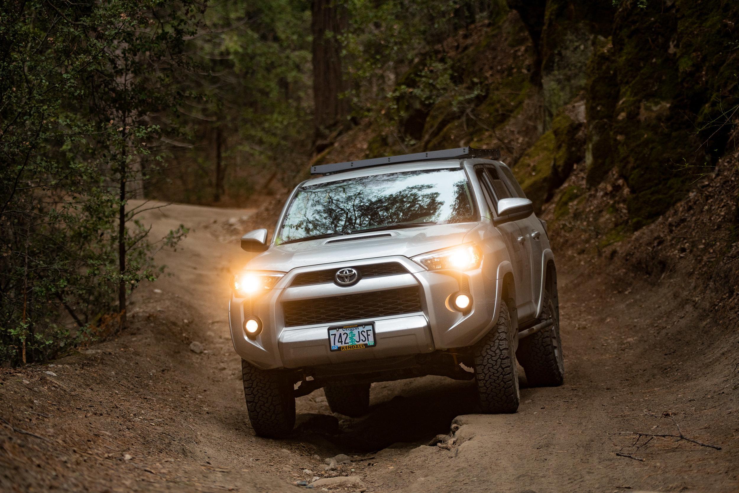 toyota-4runner-4x4-dirt-road-san-jacinto-truck-trail.jpg