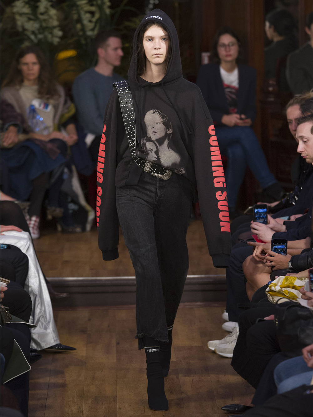 vetements cs.jpg