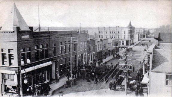 Main Street looking north, Ortonville Minnesota, 1908