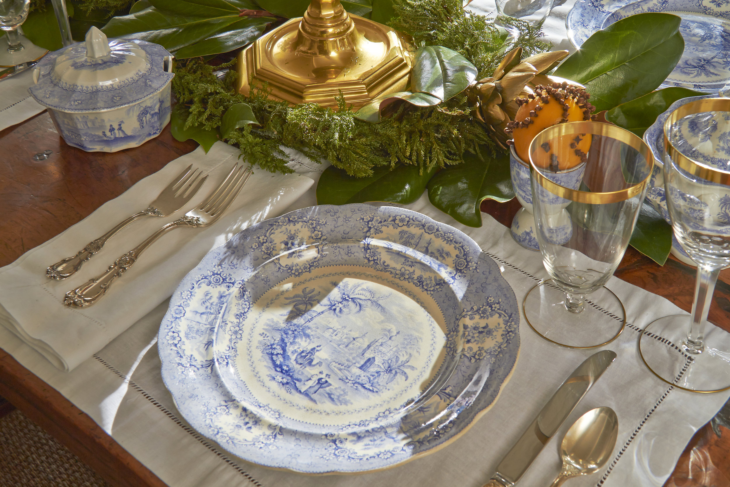 CTCG-HOLIDAY PLACE SETTING.jpg