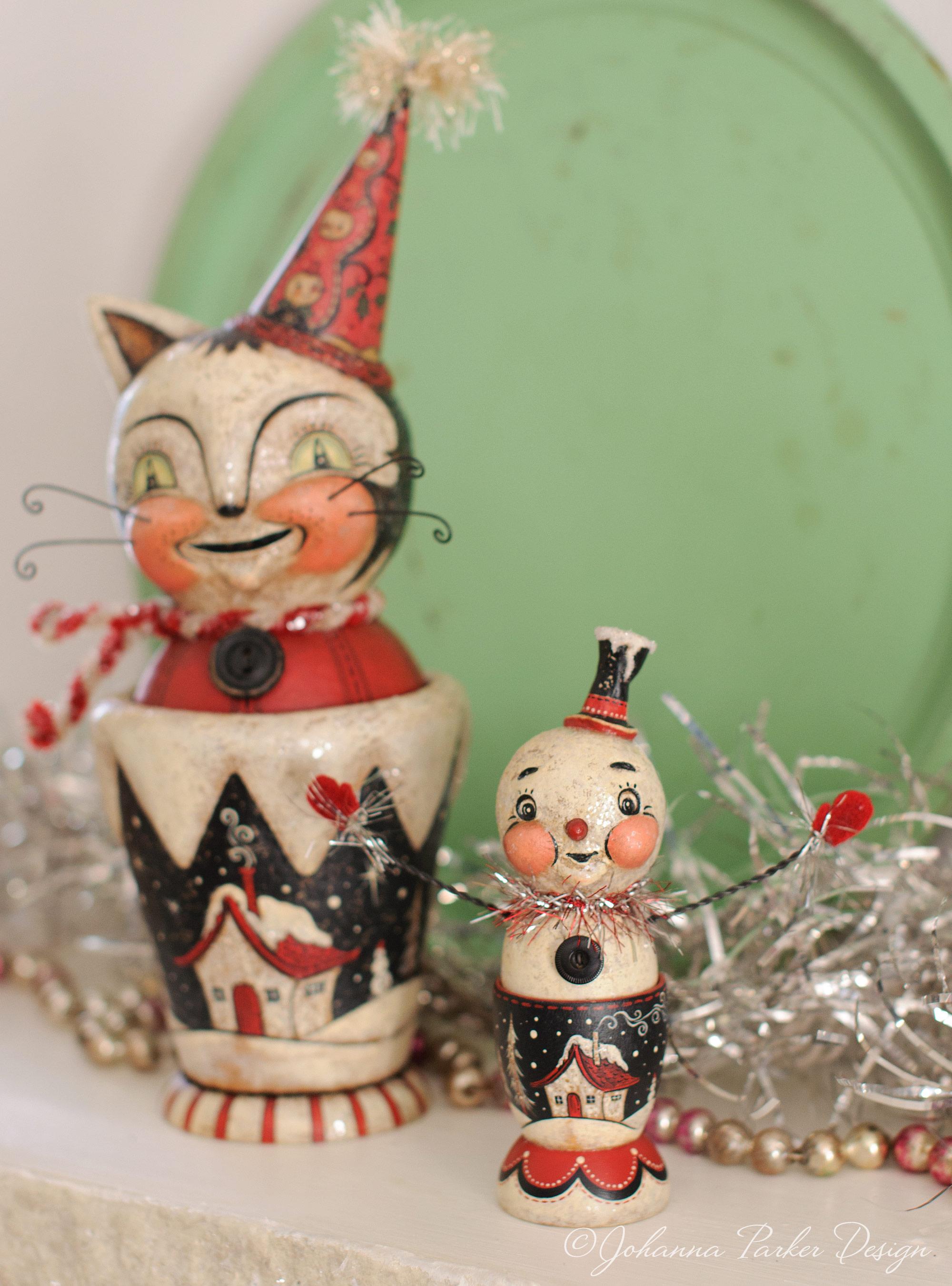 Cottage cat & snowman