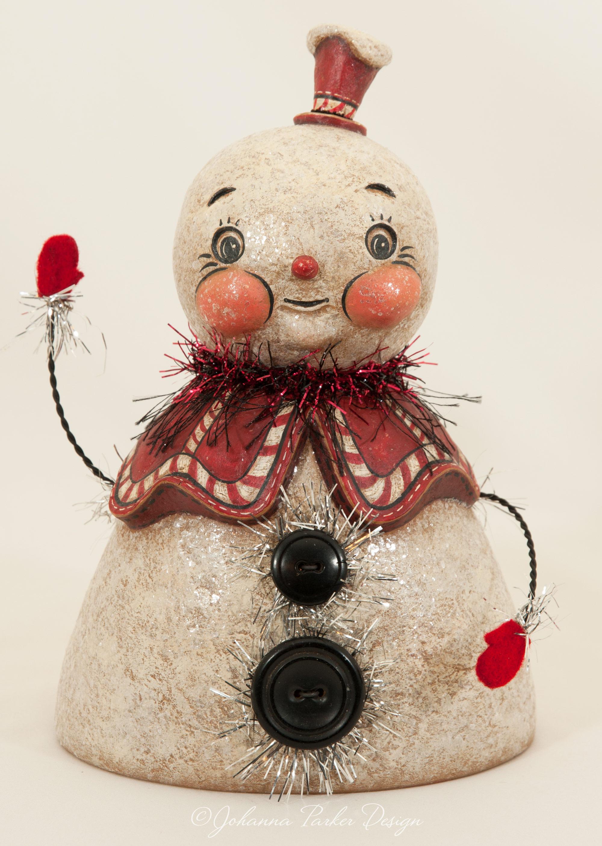 Waving snowgirl bust