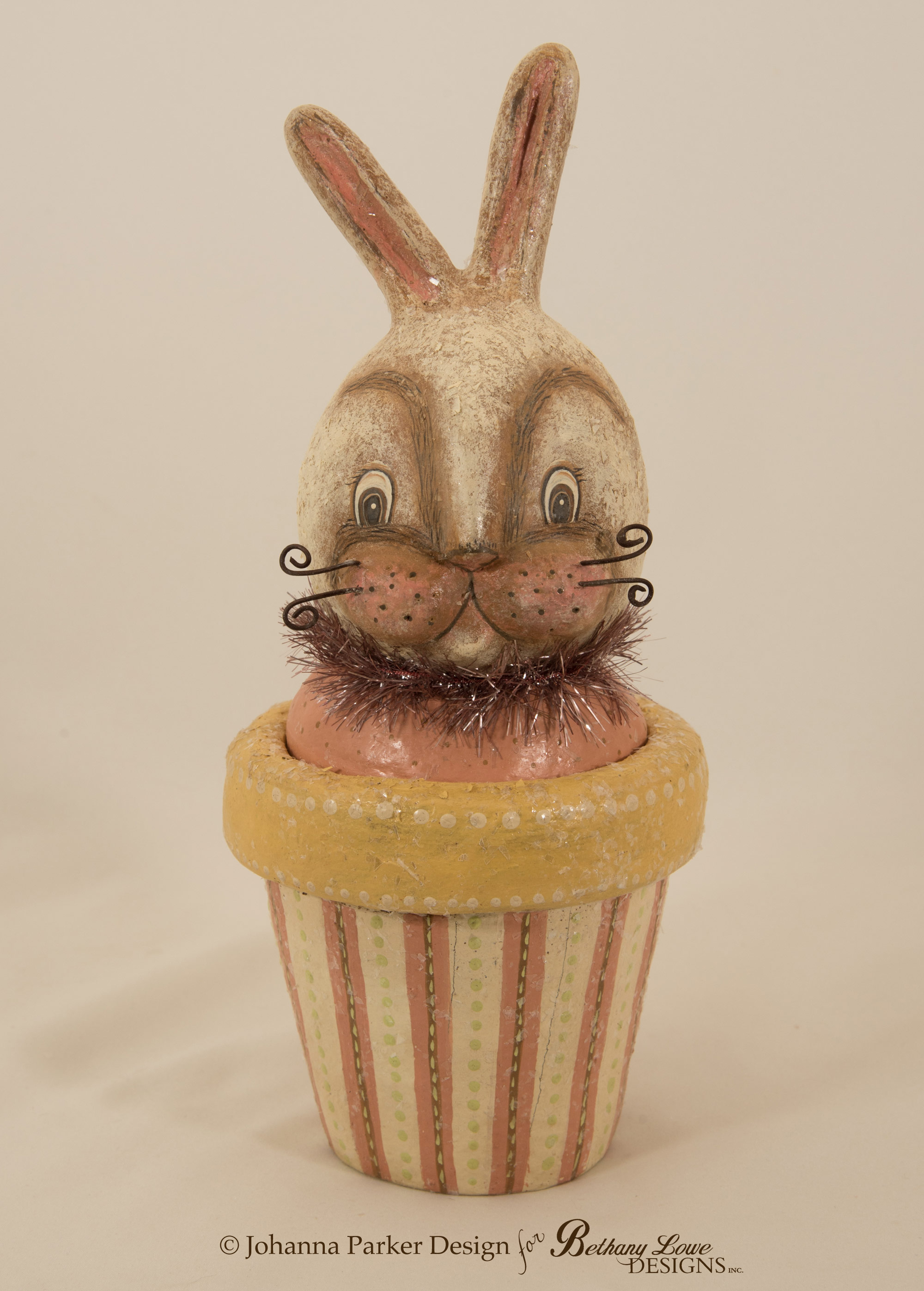 Bunny-Candy-Container-5.jpg