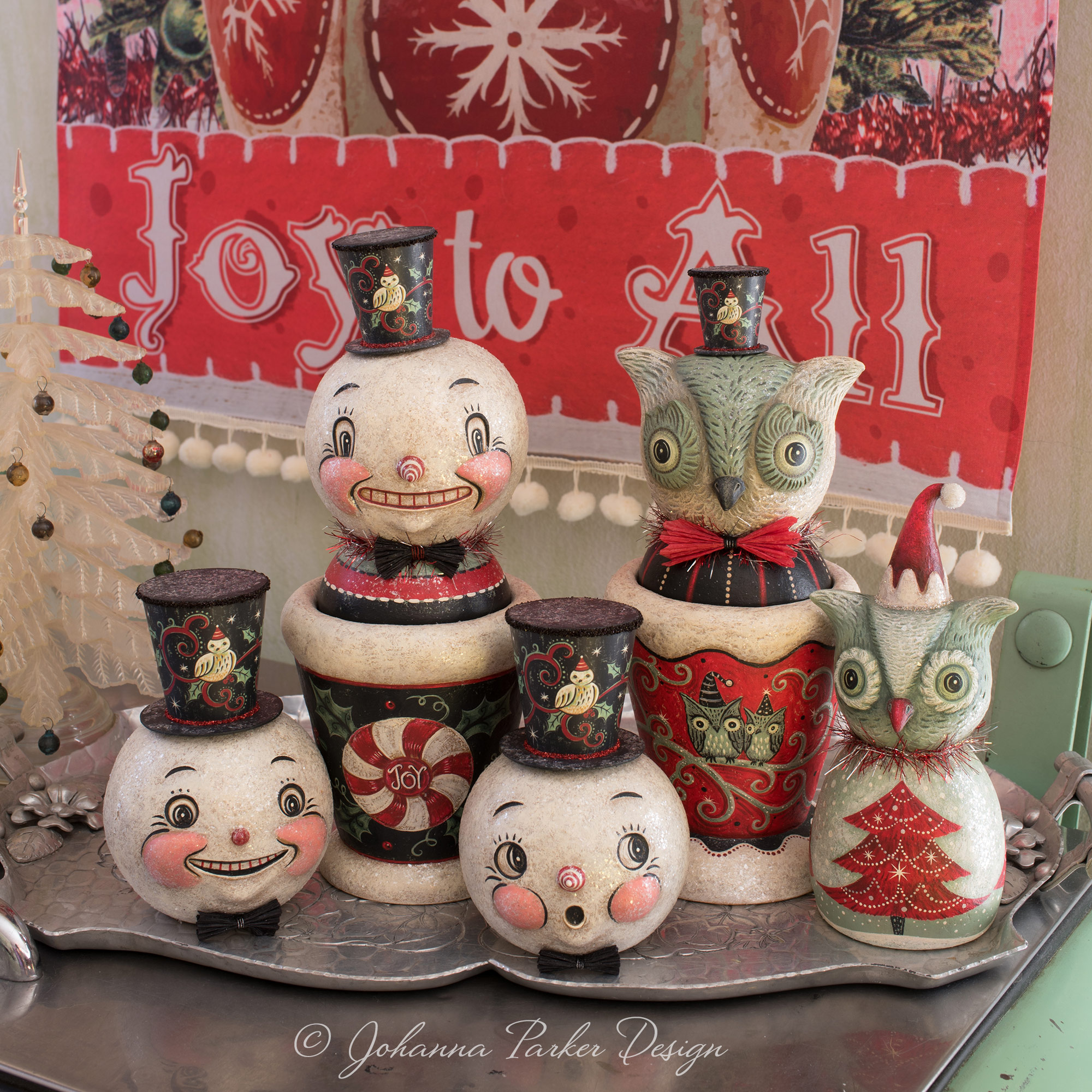 Snowy-Howliday-Group-Johanna-Parker-square.jpg