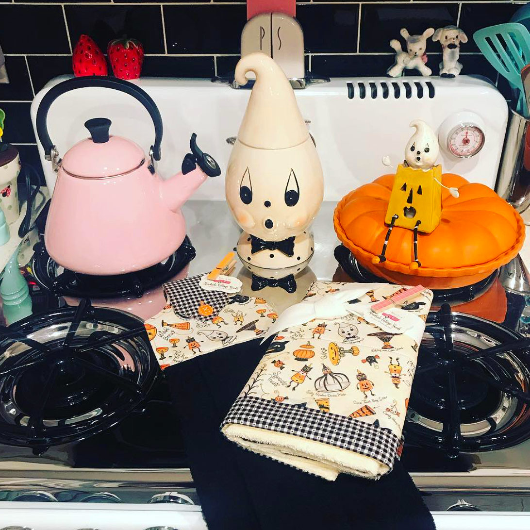 Original Halloween Commission & Photo, courtesy @vintage.pink.poodle that sparked this JPD Partners in Craft Collaboration!