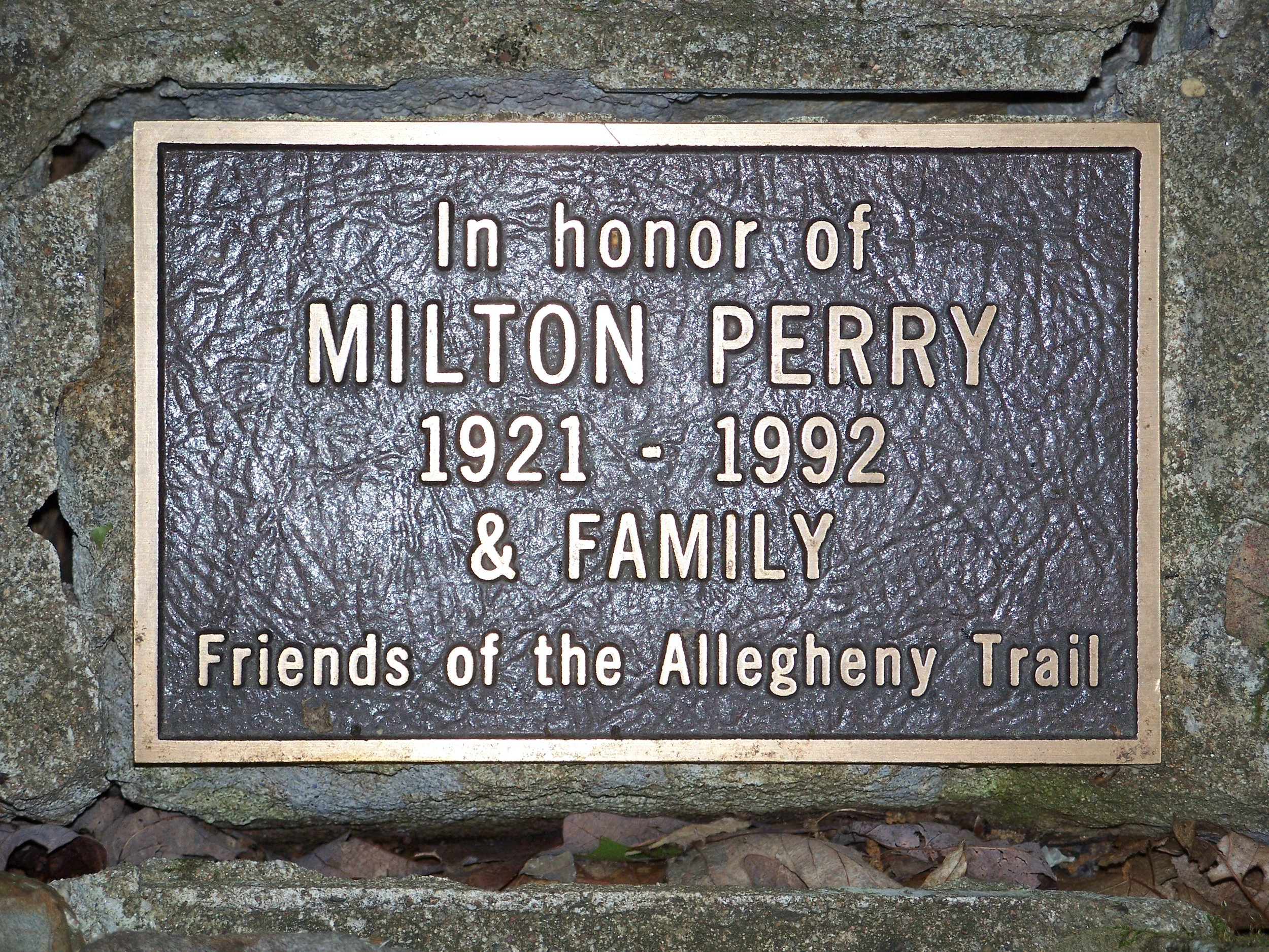 S4 The Milton Perry memorial - By Doug Wood