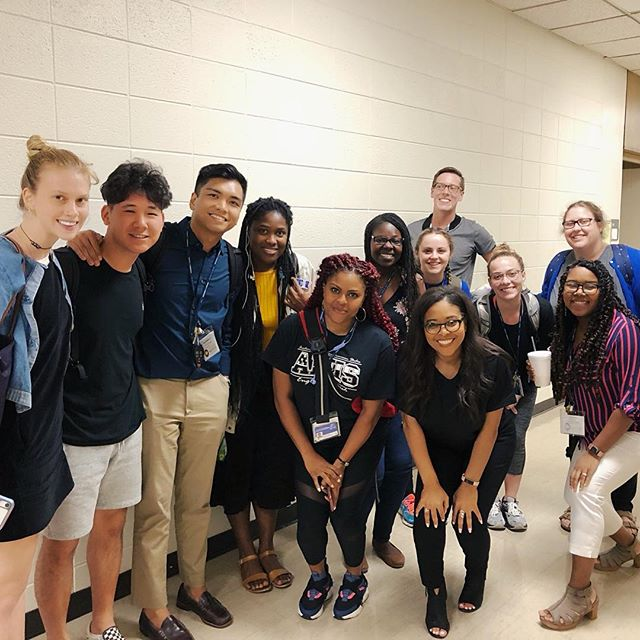 Had the chance to work with some @teachforamerica first-year teachers this summer in Atlanta! I meet and work with so many educators who share that they wish they would have known more about managing their stress when they first started their career. It's affirming when I receive DM's and Emails from teachers telling me the success stories from sharing these practices with their coworkers and the difference its making in their classrooms and school culture. While I can accept that these practices aren't for everyone, it's working for a lot of them, and because of that, I'm going to continue sharing! I want to wish all new and returning educators an AMAZING school year! Thank you for your dedication to our kids and I want you to know you really are making a difference. Please take great care of yourselves (we need you) and create an amazing year! #MakoMindfulness #TeachForAmerica
