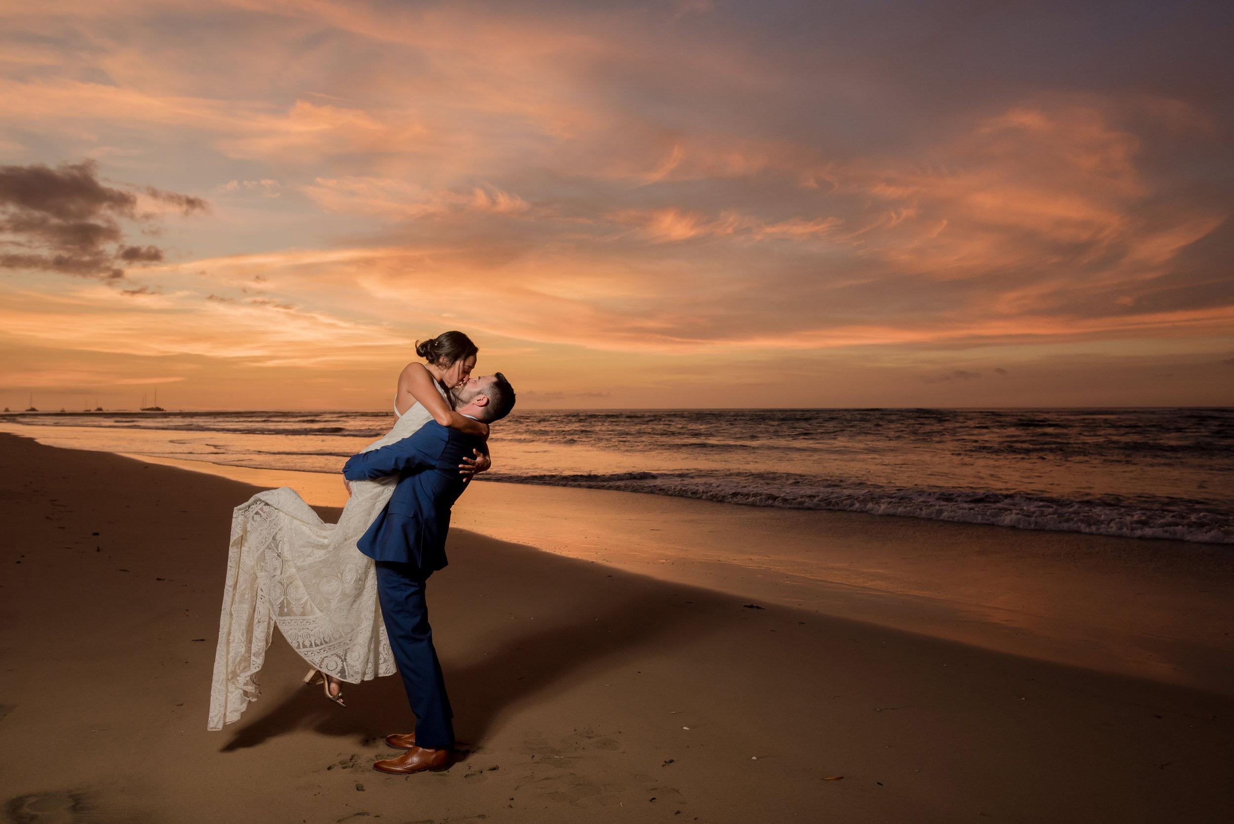 sunset-kiss-v1.jpg