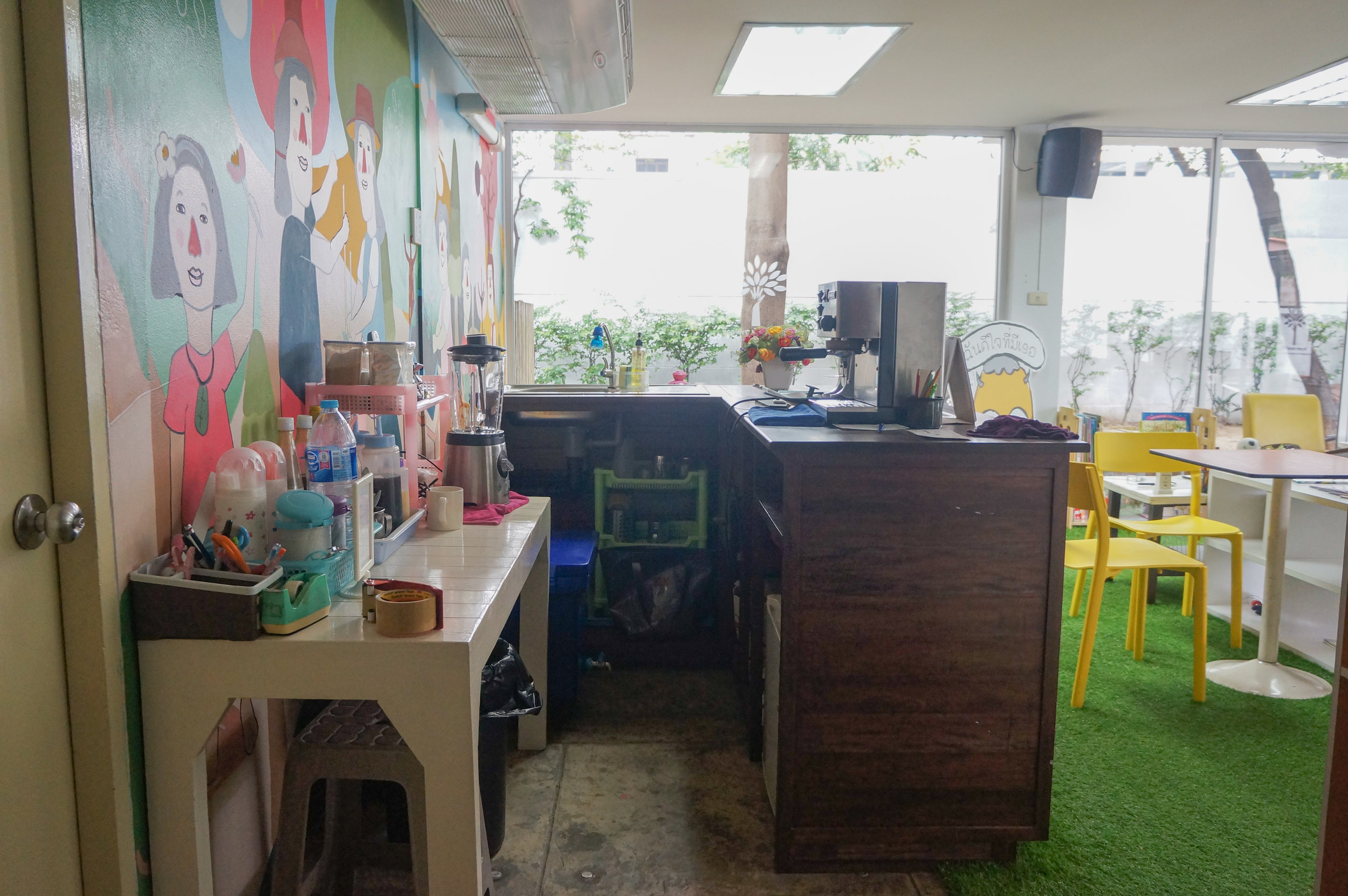 Blue Door Creative Space: The cafe for parents