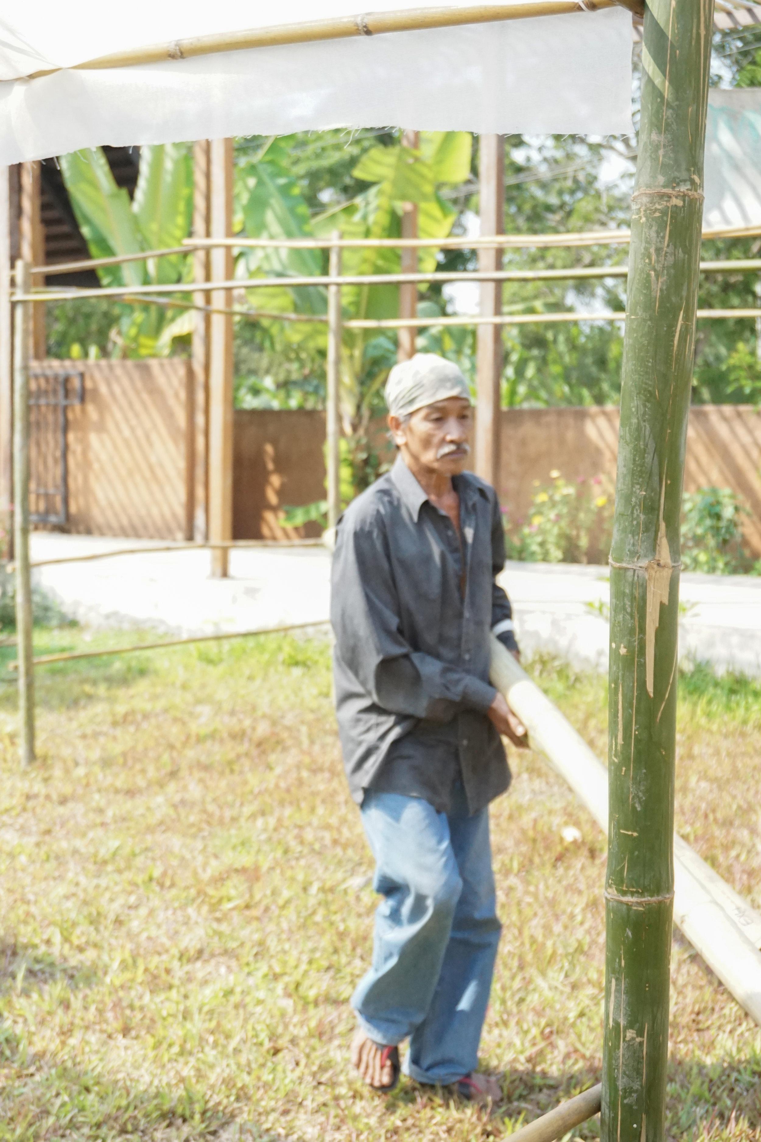 Building Thai City Farm Festival using natural materials