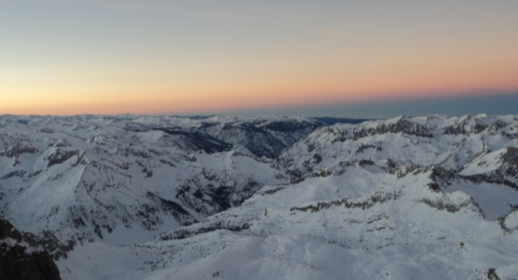Sunrise from the Palisade crest