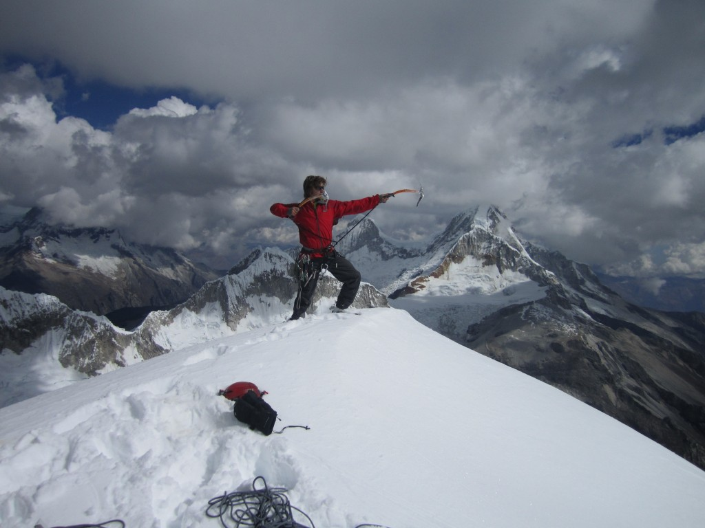 El Cumbre! (almost) with Huascaran in the background
