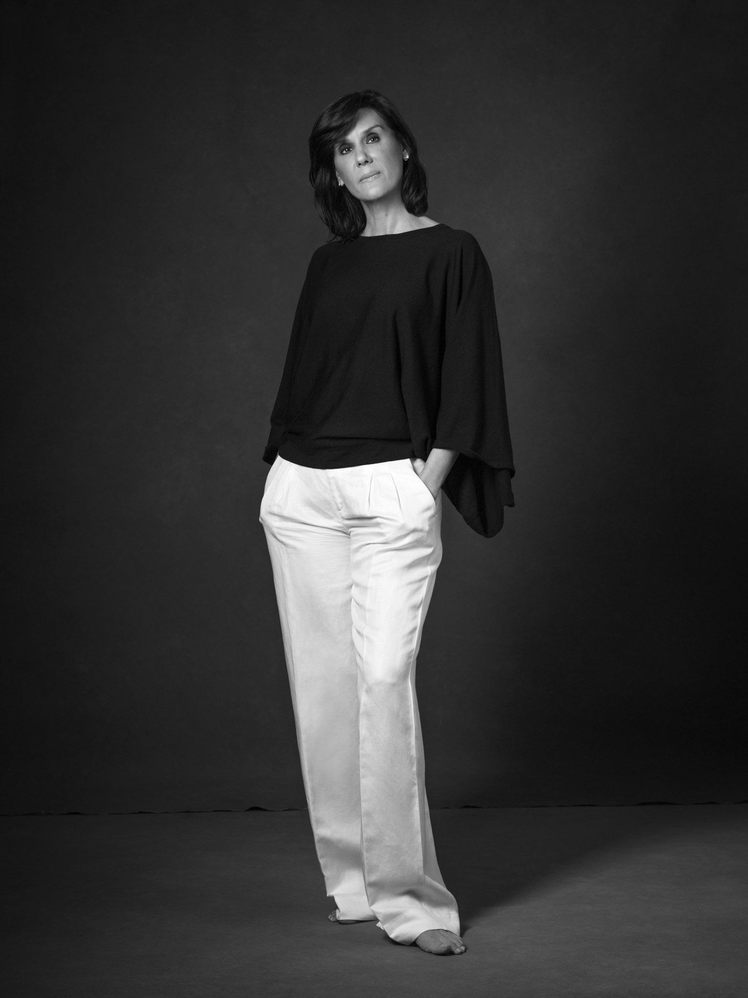 Beatriz Descamps-222B&W.jpg