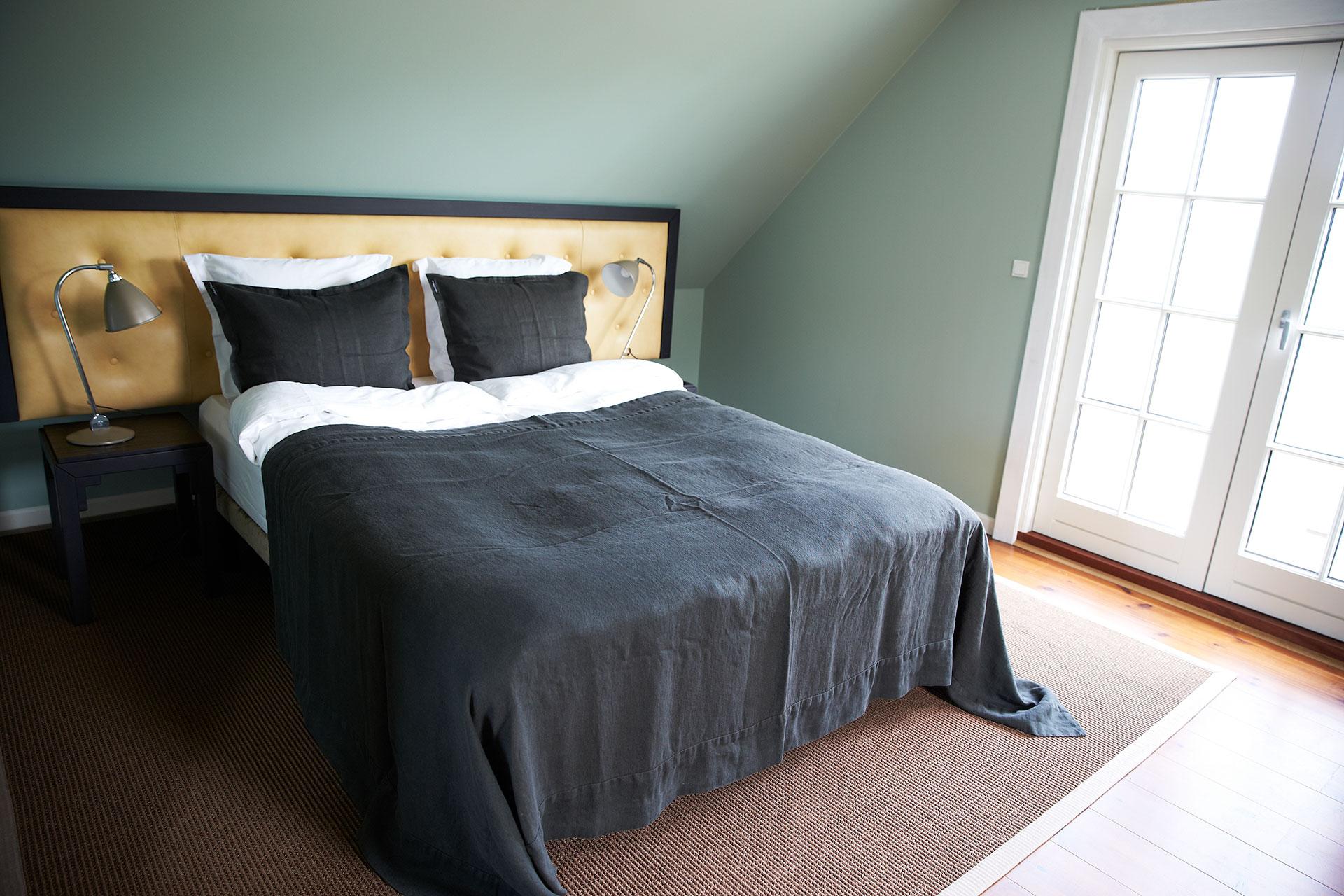 værelse i gæstehus (1).jpg