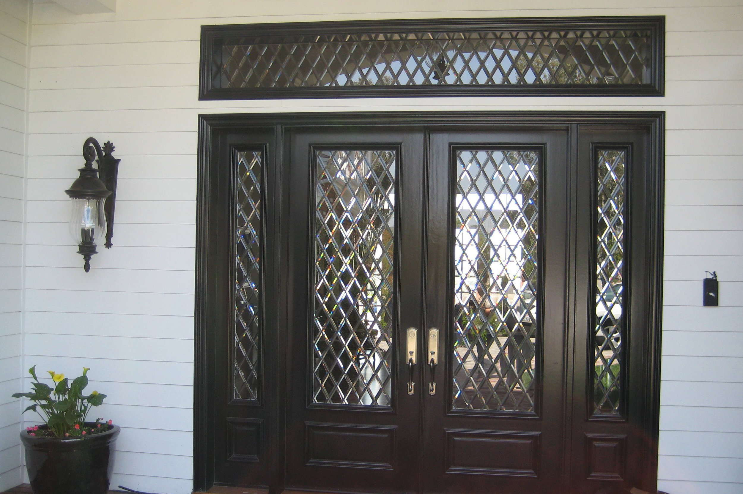 If you can imagine it, we can manufacture it! - We create extraordinary doors that are unique and available in a broad selection of designs and materials. Enjoy the process of creating the perfect entry door that welcomes and conveys warmth, while reflecting style and sophistication. Call us at 714-319-0177.
