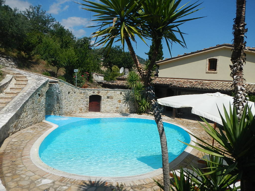 Villa Migi - Sleeps 4 - Piane d'Archi