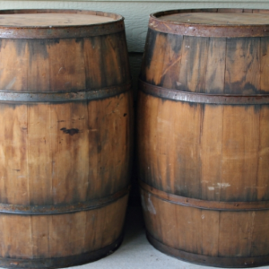 AUTHENTIC AGED BARREL HIRE - Authentic full sized, ex whisky barrels as props (they are empty, sorry!). Ideal for additional space for drinks, or used to hold beautiful bouquets for example.Barrels look amazing in any barn, or rustic venue - inside or out!Height 880mm X Width 620mm. All dimensions given are approx and do vary.