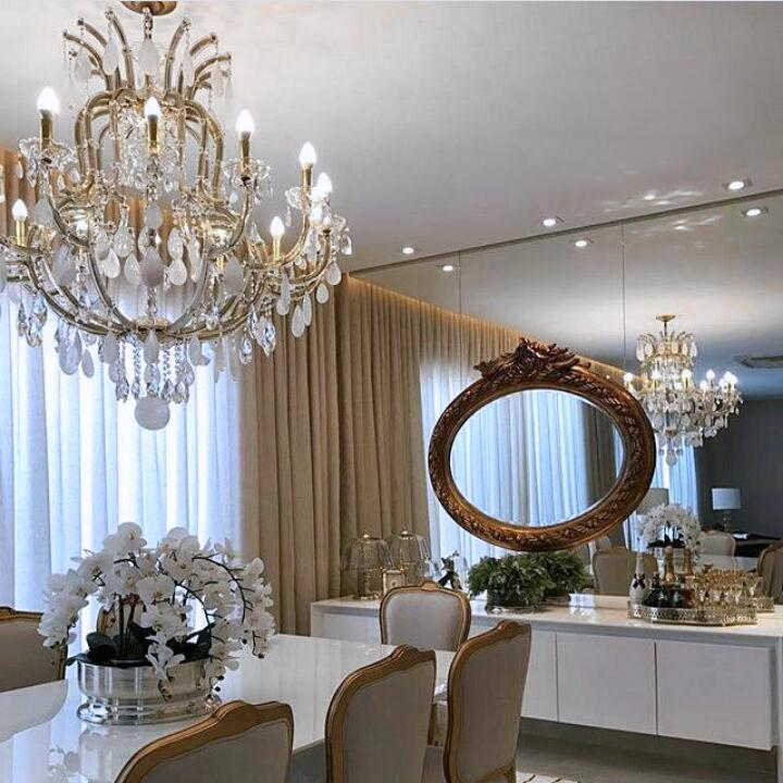 Lustre Marselha ambientado em sala de jantar.