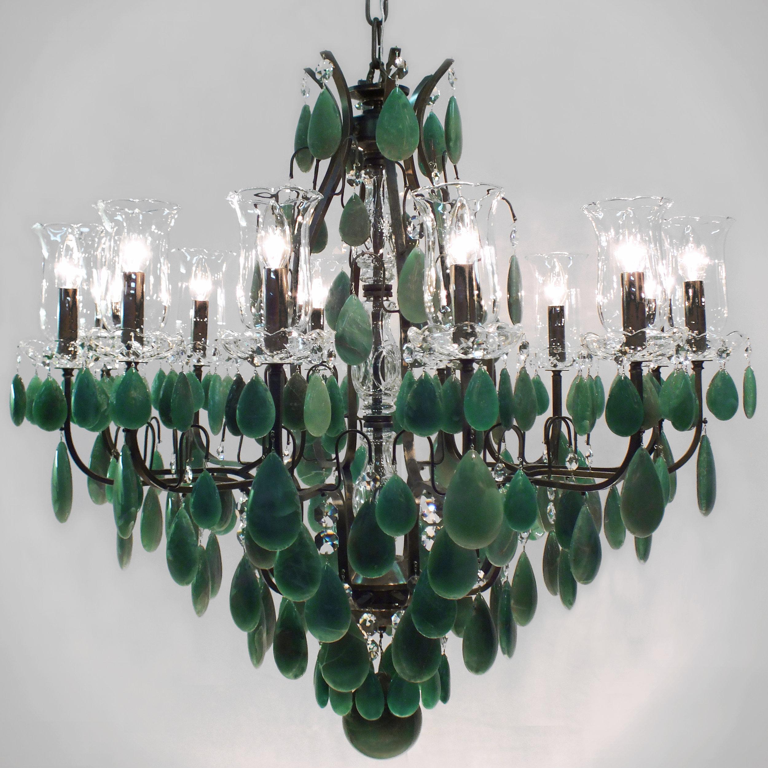 Lustre Firenze 12 braços em quartzo cristal de rocha verde e cristais transparentes egípcios legítimos.