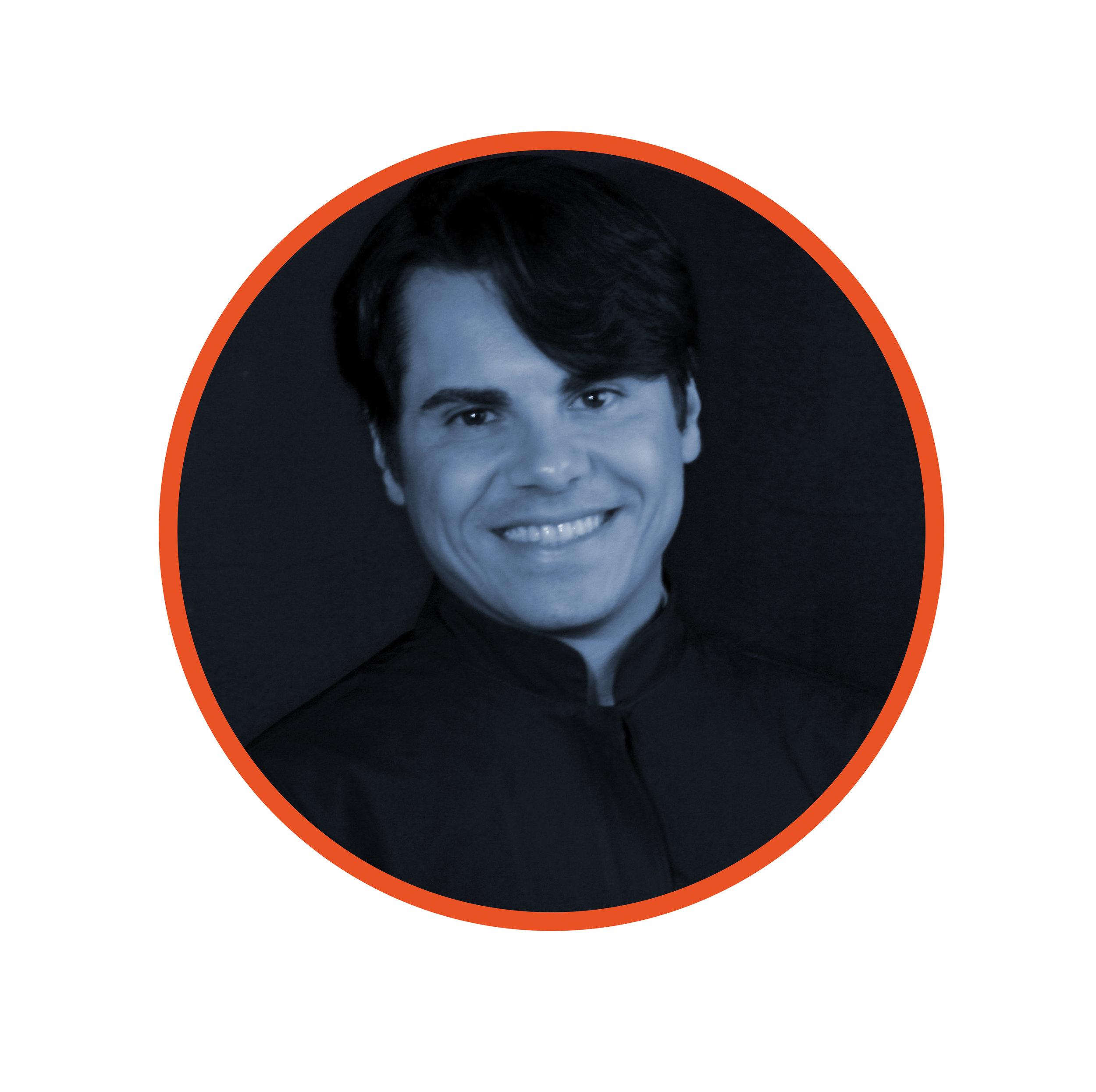 Dr. Alex Vieira.jpg