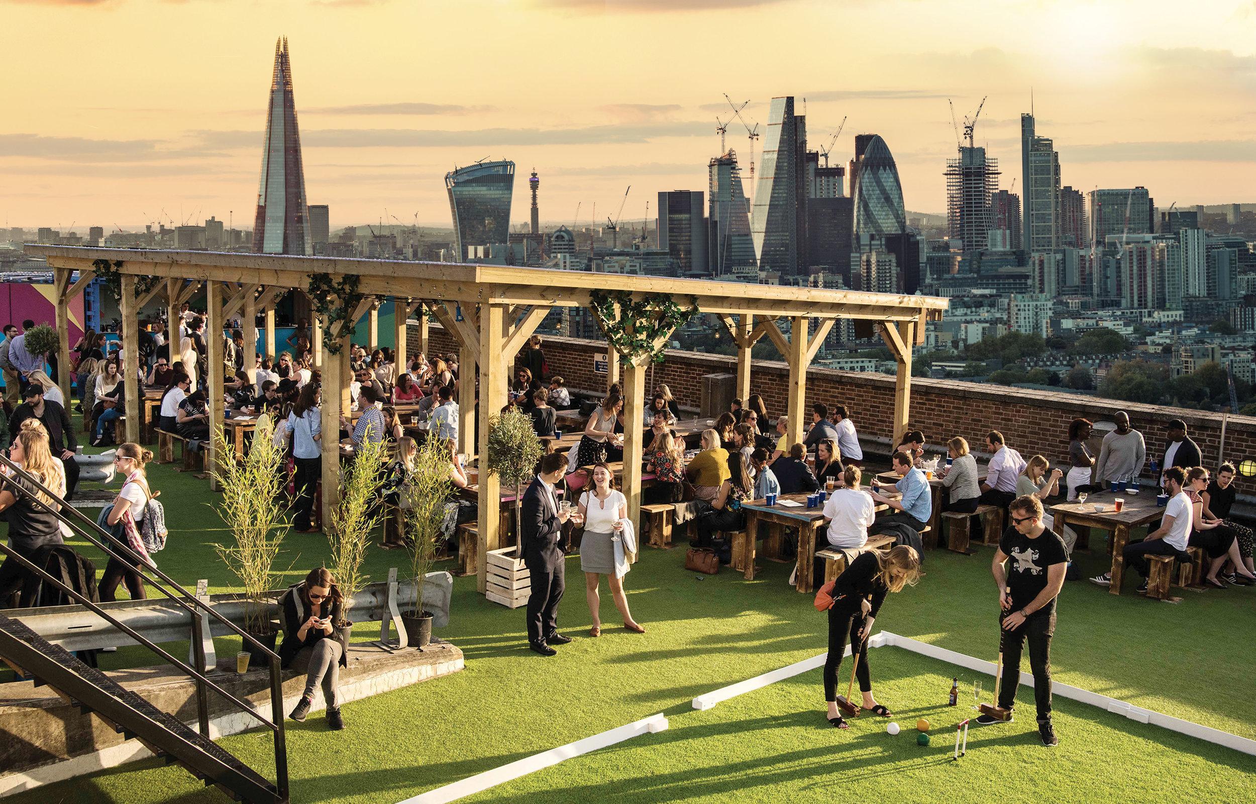 Skylight London – Rooftop bar at Tobacco Dock