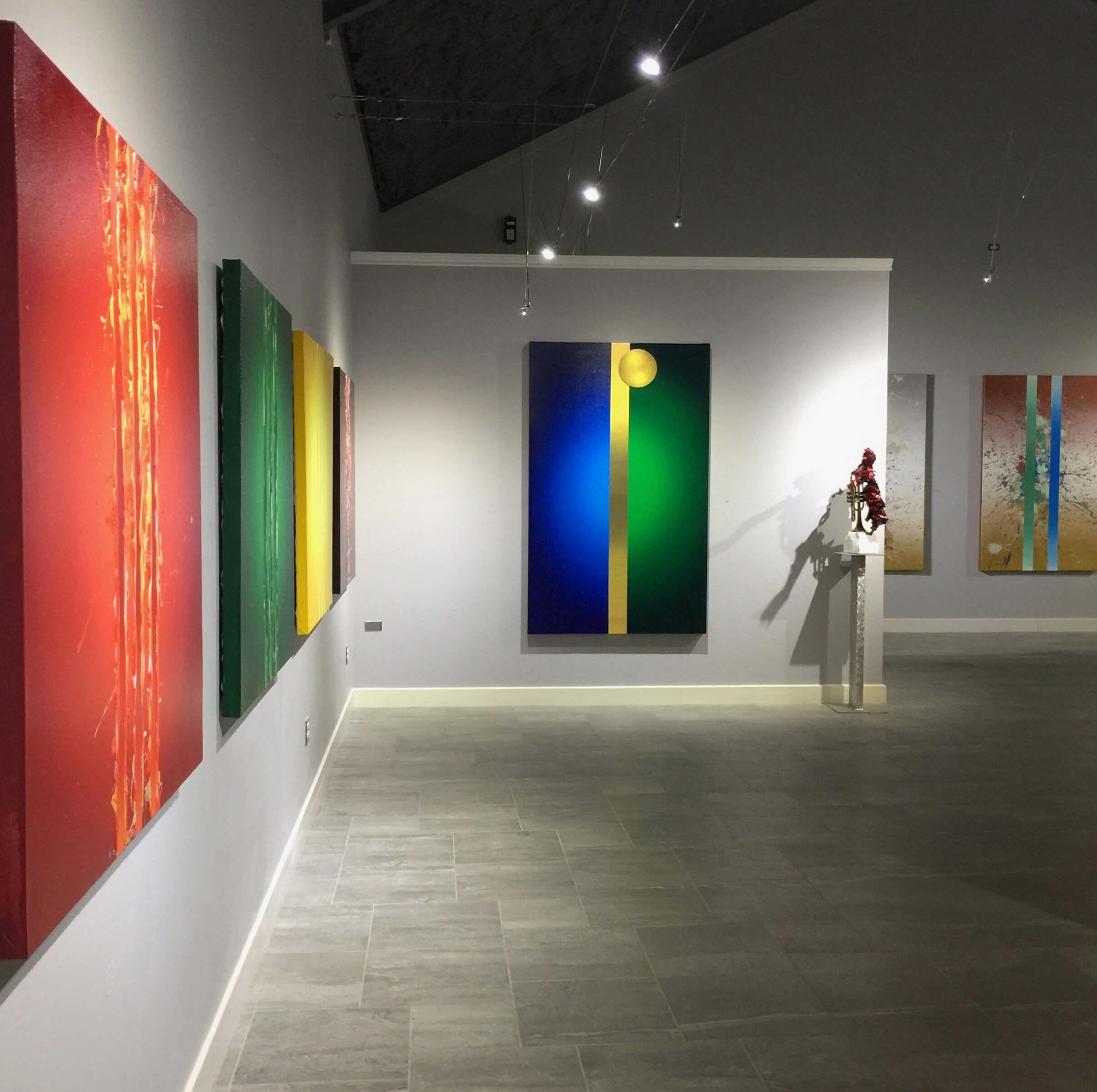 Silenzio   (center painting), Benini 2018.