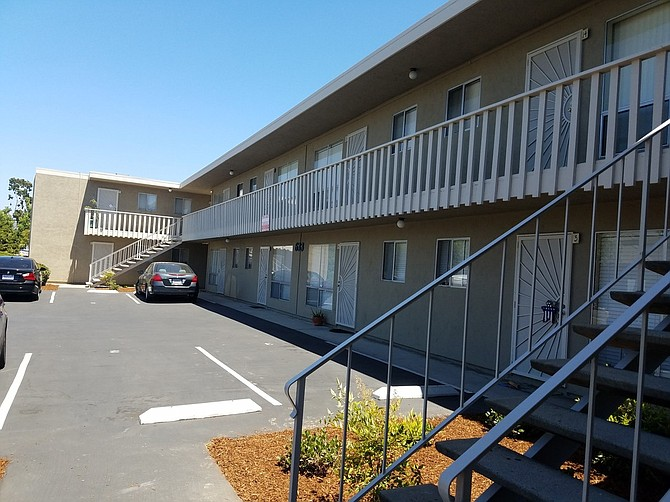 El Cajon Apartment Complex Sold for $2.7 Million - A 16-unit El Cajon apartment complex at 633 E. Park Ave. has sold for a price of $2.7 million..With a combined space of 10,245 square feet on more than a third of an acre, the property was sold by The Walker Family Trust and the Walker Decendents Trust of El Cajon, represented by Brian Raynoha of Apartment Buyers, to Brad Bartos, represented by Krista Berger of Sperry Van Ness.The units are all approximately 640 square feet, 10 of which were remodeled at the time of sale