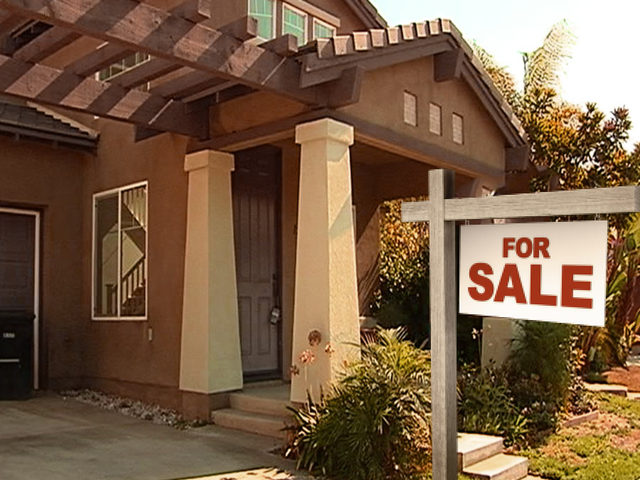 Housing price cuts in San Diego, other parts of US at highest levels since 2014, Trulia report says - Housing prices in the San Diego region, and in many cities across the U.S., dropped in August -- a possible sign that a shift to a buyer's market is underway.