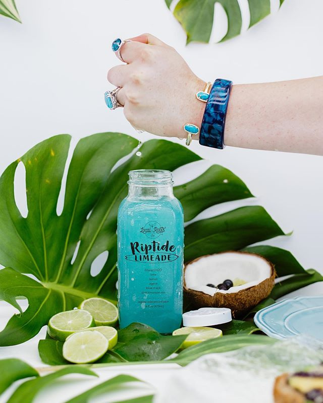 All the summertime feels💙want to win a free bottle of Riptide for you and a friend? 🏄 Tag some friends in separate comments and we will pick a winner on Sunday😎 📷: @nomad.mama.photography