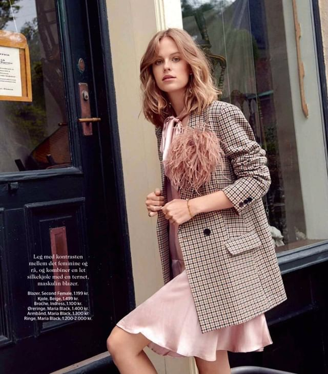 On the note of dapper dressing, we love how the Powder silk dress is styled by @gertrudmb in @altfordamerne 🎀 #beigeshop #silk #slowfashion