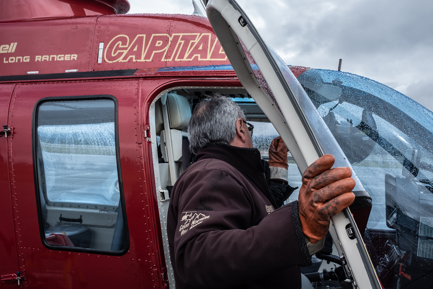 """Delmar Washington: A story of entrepreneurship in the north - By Cat KellyDelmar Washington is usually in the pilot seat of one of his helicopters.""""I'm not a businessman who owns a helicopter business,"""" he says. """"I'm a helicopter pilot who owns a business.""""Read more..."""