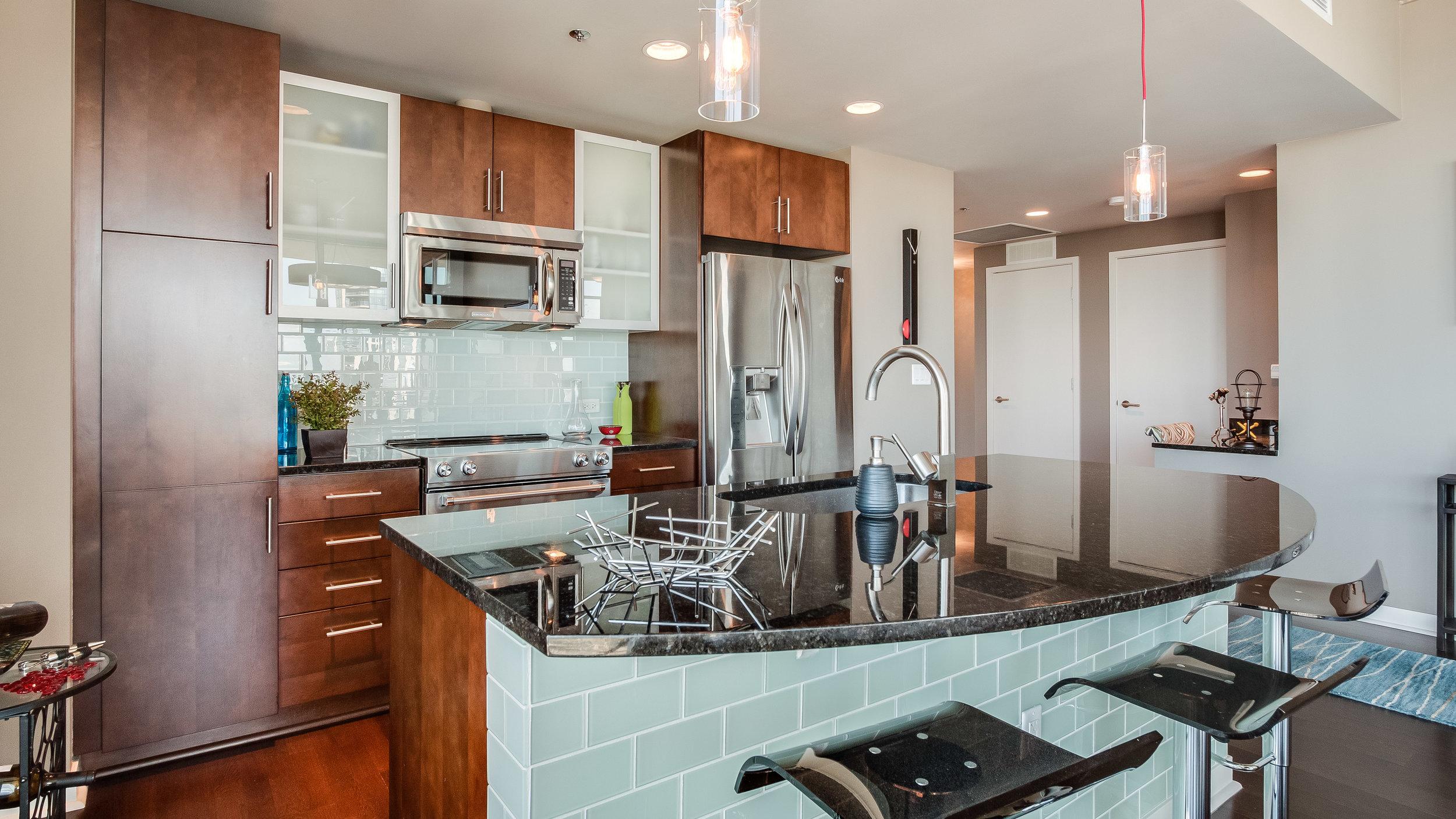 02 spire3508 Kitchen.jpg