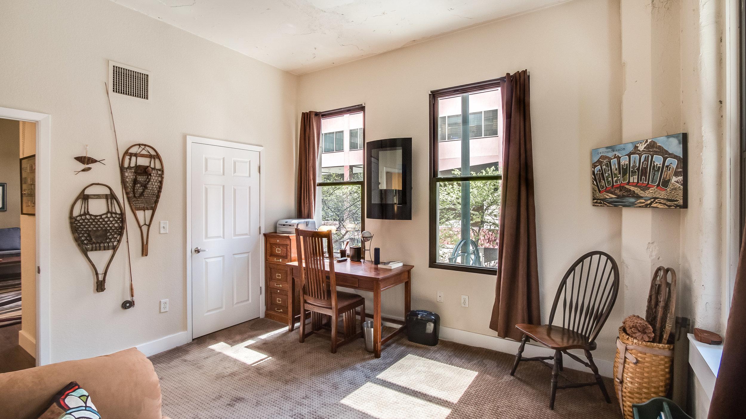11 44417th206 Bedroom 2  (10).jpg