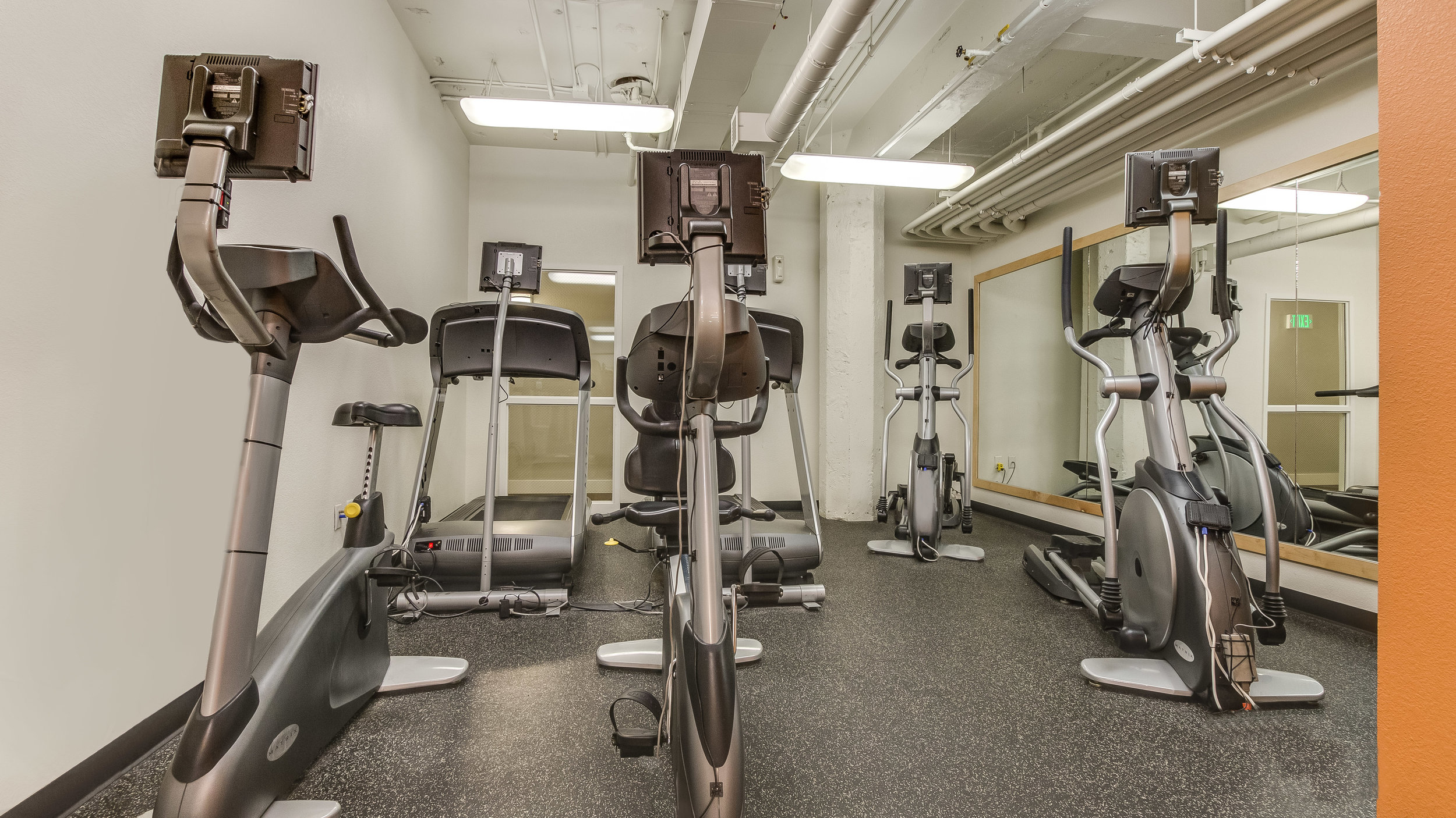 23 444 17th St. #1008 (22)Work Out Room.jpg